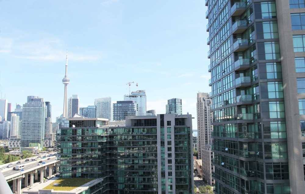231 fort york blvd reviews
