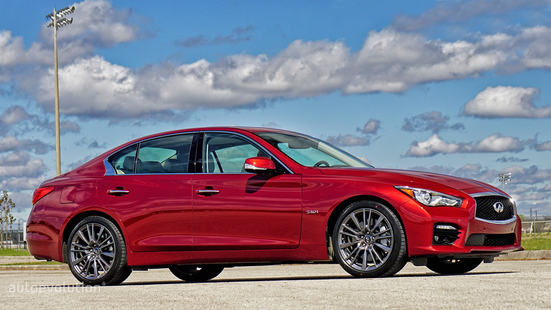 2016 q50 red sport review