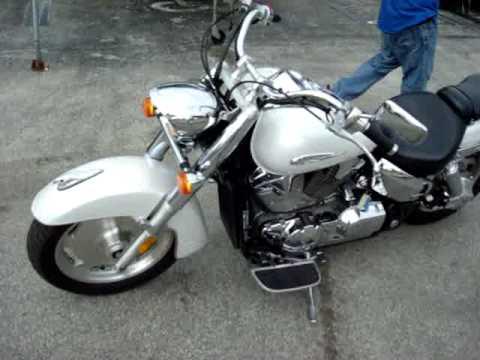 2010 honda vtx 1300 review