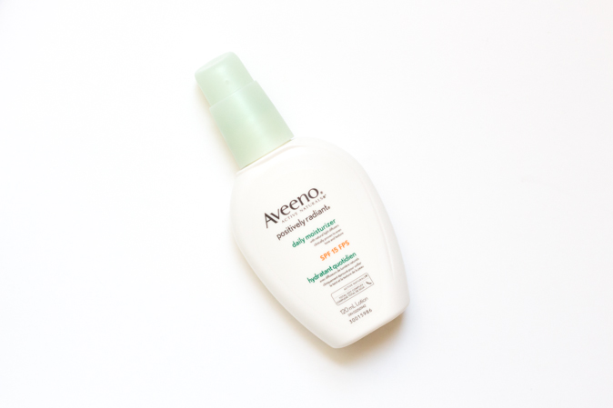 aveeno radiant daily moisturizer review