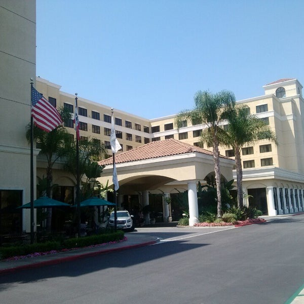 doubletree by hilton anaheim reviews