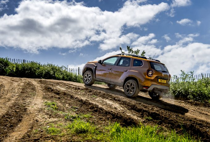 dacia duster off road review