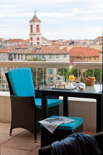 hotel aston la scala nice review