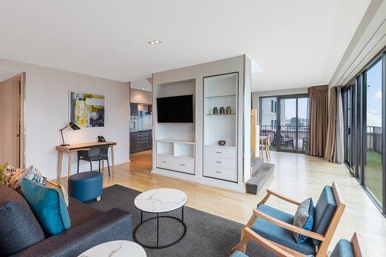 adina apartment hotel auckland reviews