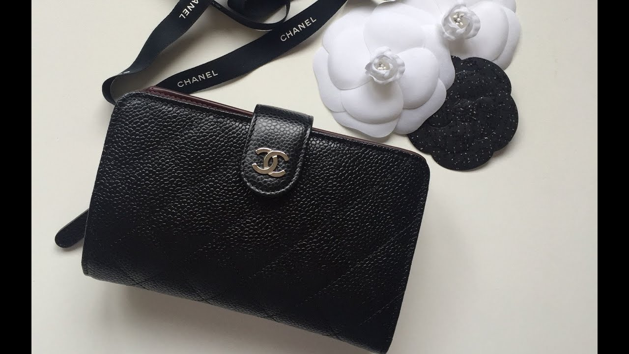 chanel boy wallet on chain review