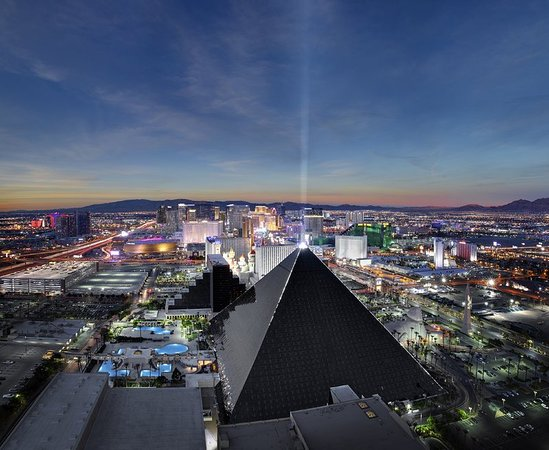 luxor hotel and casino las vegas reviews