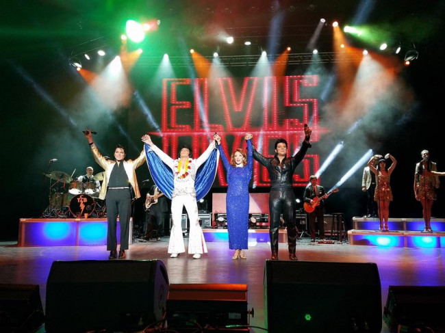 elvis lives tour 2017 reviews