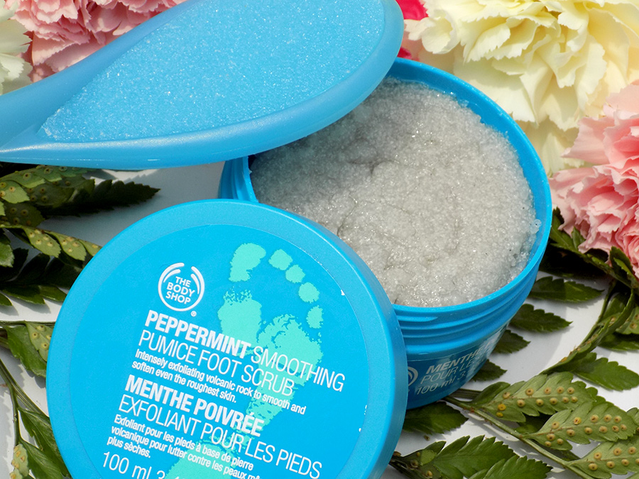 body shop peppermint foot spray review