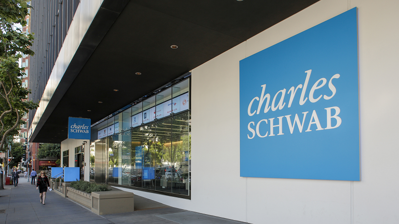 charles schwab checking account review