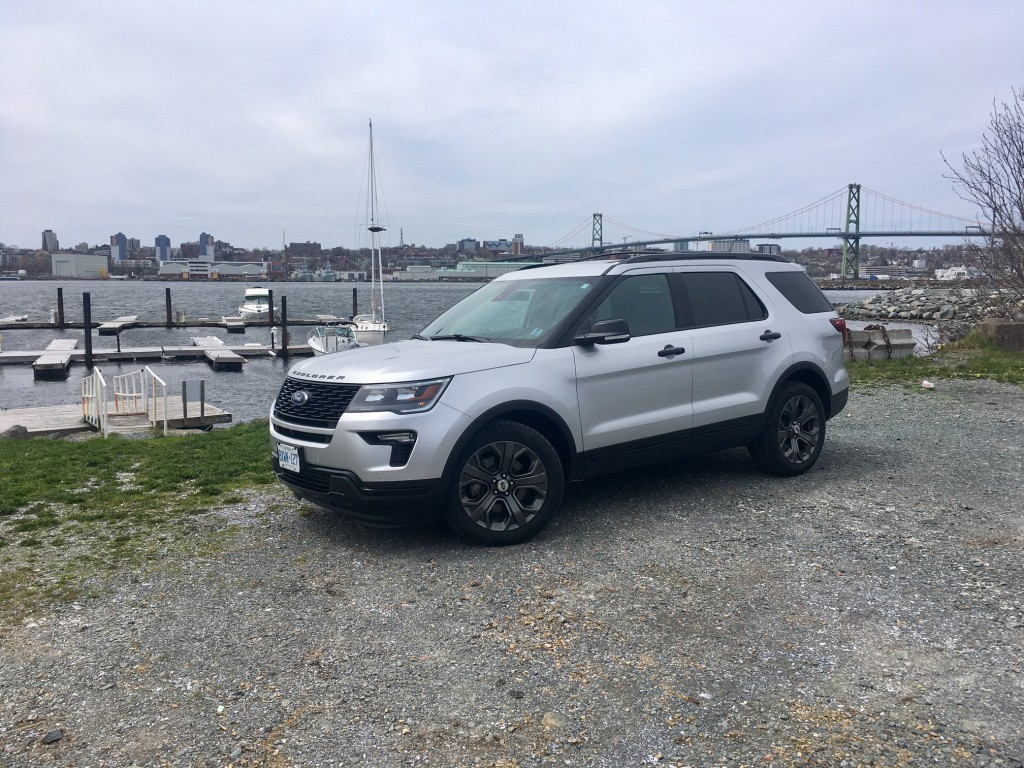 ford explorer sport review 2018