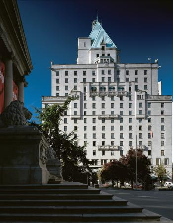 st clair hotel vancouver reviews